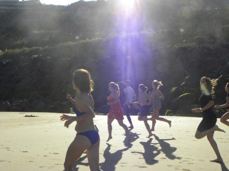 Échauffement running sur la plage